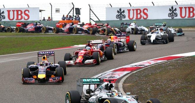 Скачать Formula 1 2015 Торрент - фото 11