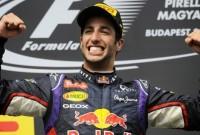 Horner lauds 'truly sensational' Ricciardo