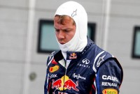 Vettel: 'Long life engine rule is stupid'