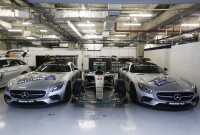 FP1: Mercedes on top in China
