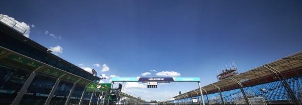 Australian GP: Rosberg wins, Ferrari mistake, Alonso crash